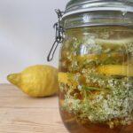 Rezept: Holunderblüten-Sirup – überraschend einfach