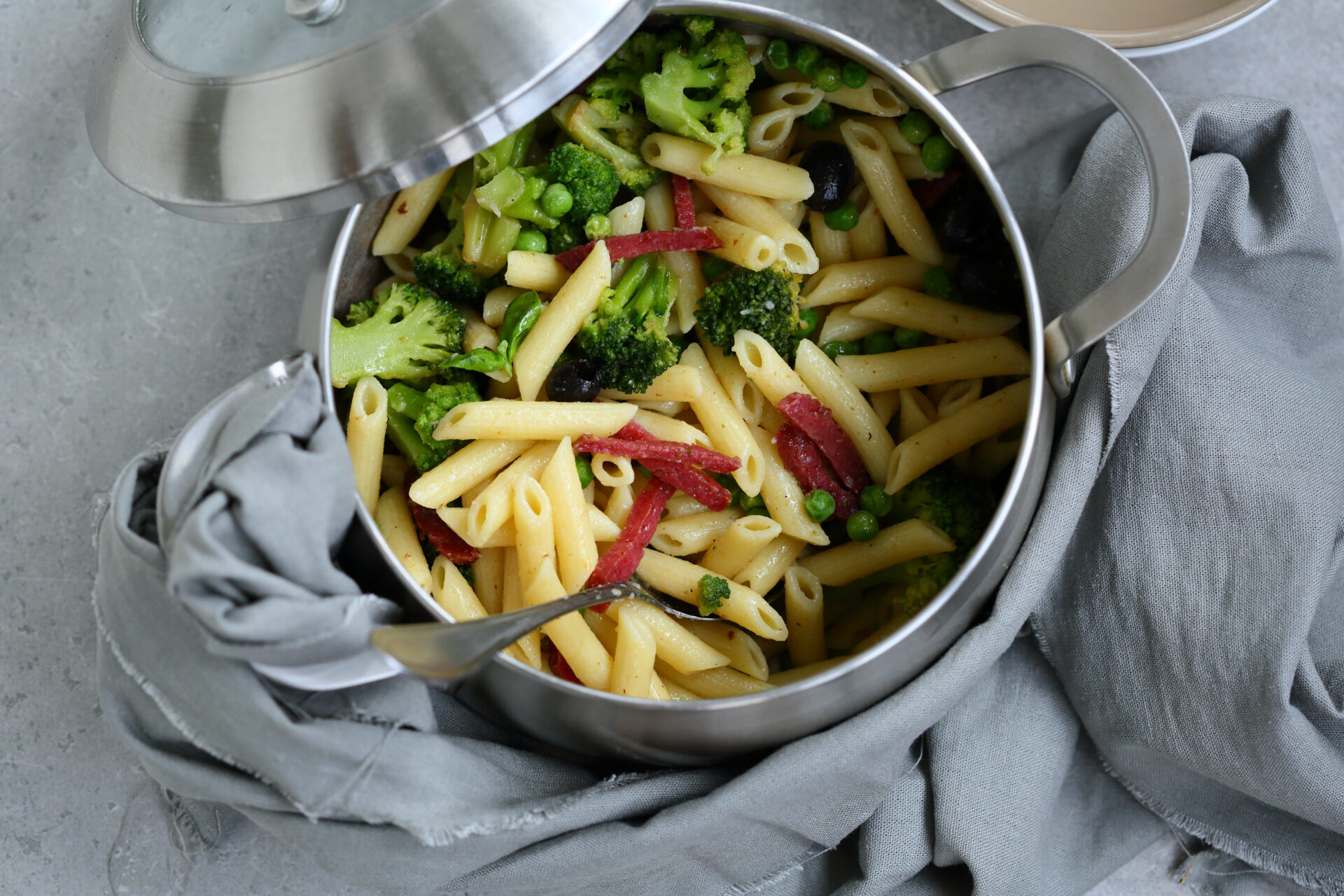 Topf mit fertiger One Pot Pasta
